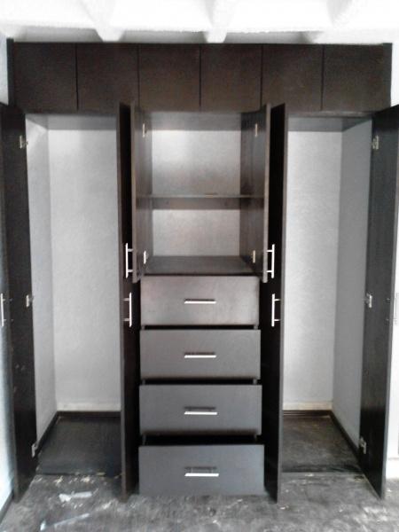 Closets closets economicos closets minimalistas for Closets minimalistas df