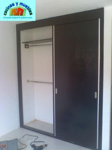 Closets economico en melamina llama al 42119803 www for Closets minimalistas df